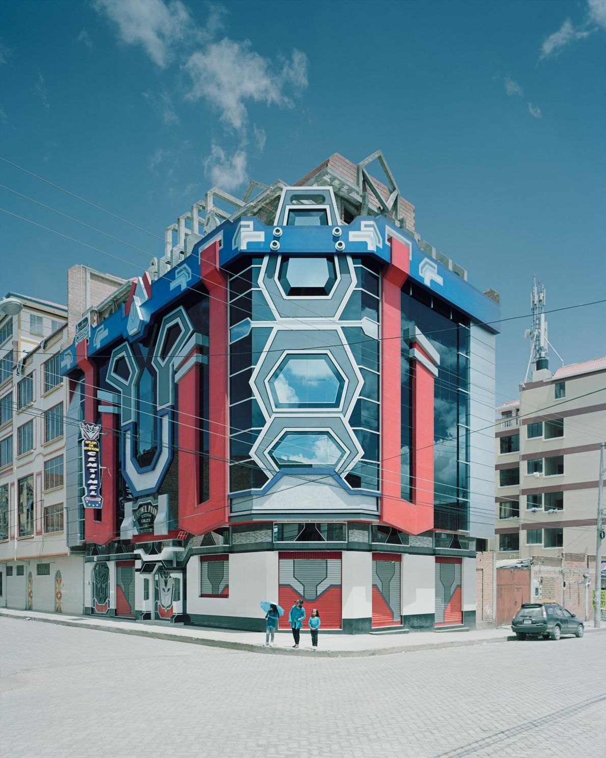 Mamani's futuristic designs have inspired the works of other architects.
