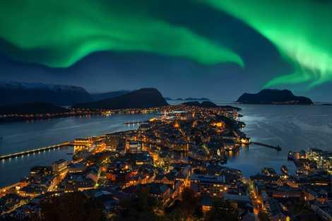 The World's Most Colourful Natural Phenomena