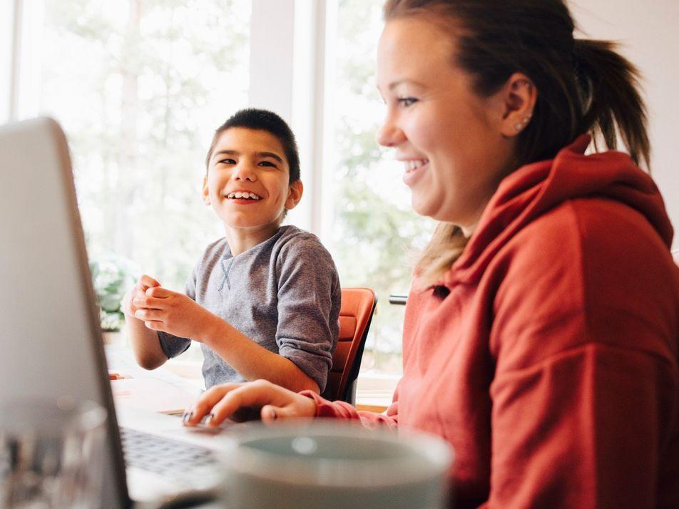 Teaching tools for parents of autistic children