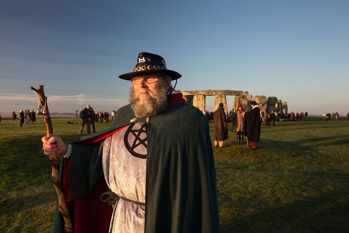 At the autumn equinox, neo-druids and Arthurian friends gather at Stonehenge to perform rituals. Until the ...