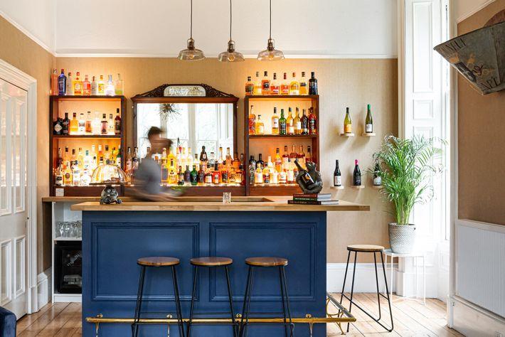 Bar at Saorsa
