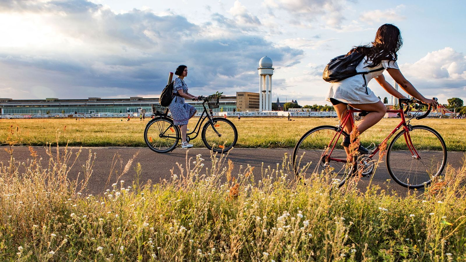 Cycling through Tempelhofer Feld
