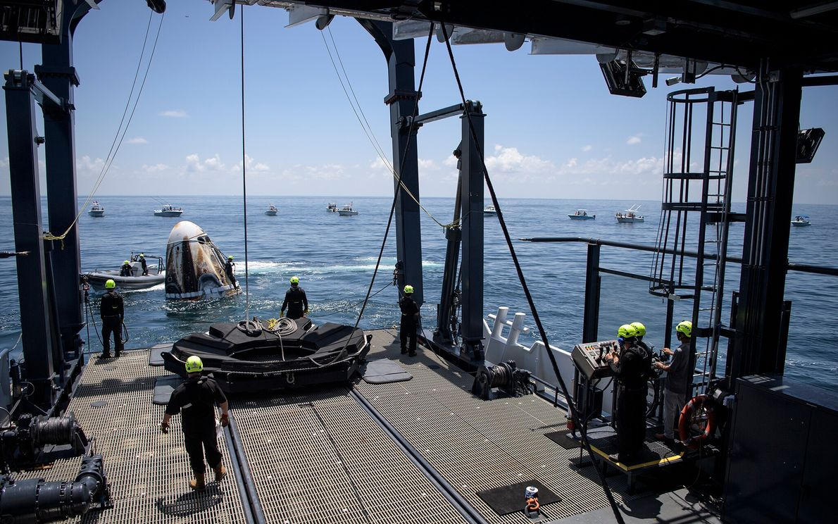 On August 2, support teams arrived in the Gulf of Mexico to pick up the SpaceX ...