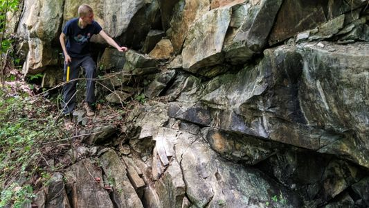 Rare chunks of Earth's mantle found exposed in Maryland