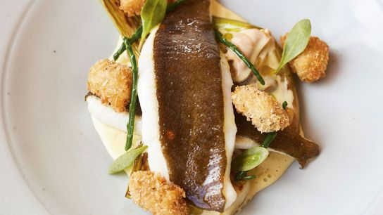Plaice with mussels and samphire
