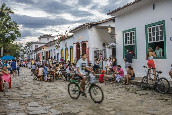 Paraty people