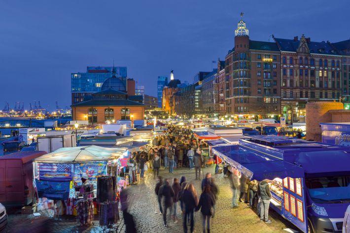 Hamburg's 300-year-old fish market in the morning.