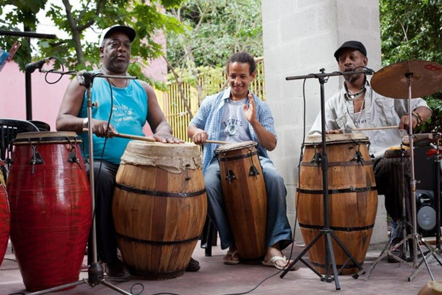 Local musicians, San Telmo Market. Image: Phil Clarke Hill