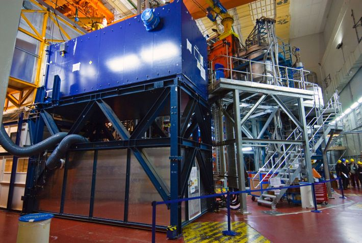 The JET experimental fusion reactor at the Culham Centre for Fusion Energy, Oxfordshire. JET stands for ...