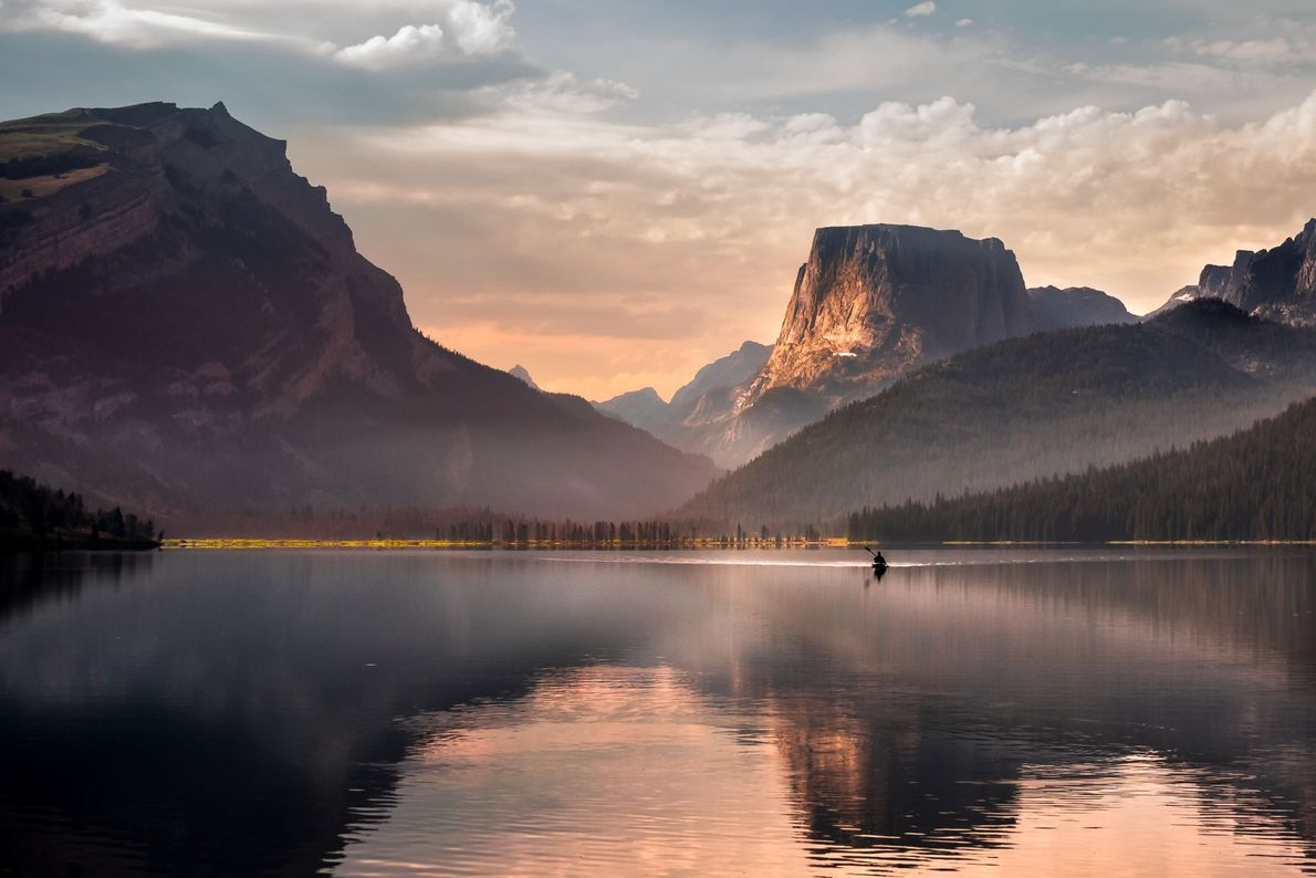 """""""I headed to this lake in Wyoming at around 4 am to ensure a spot for ..."""