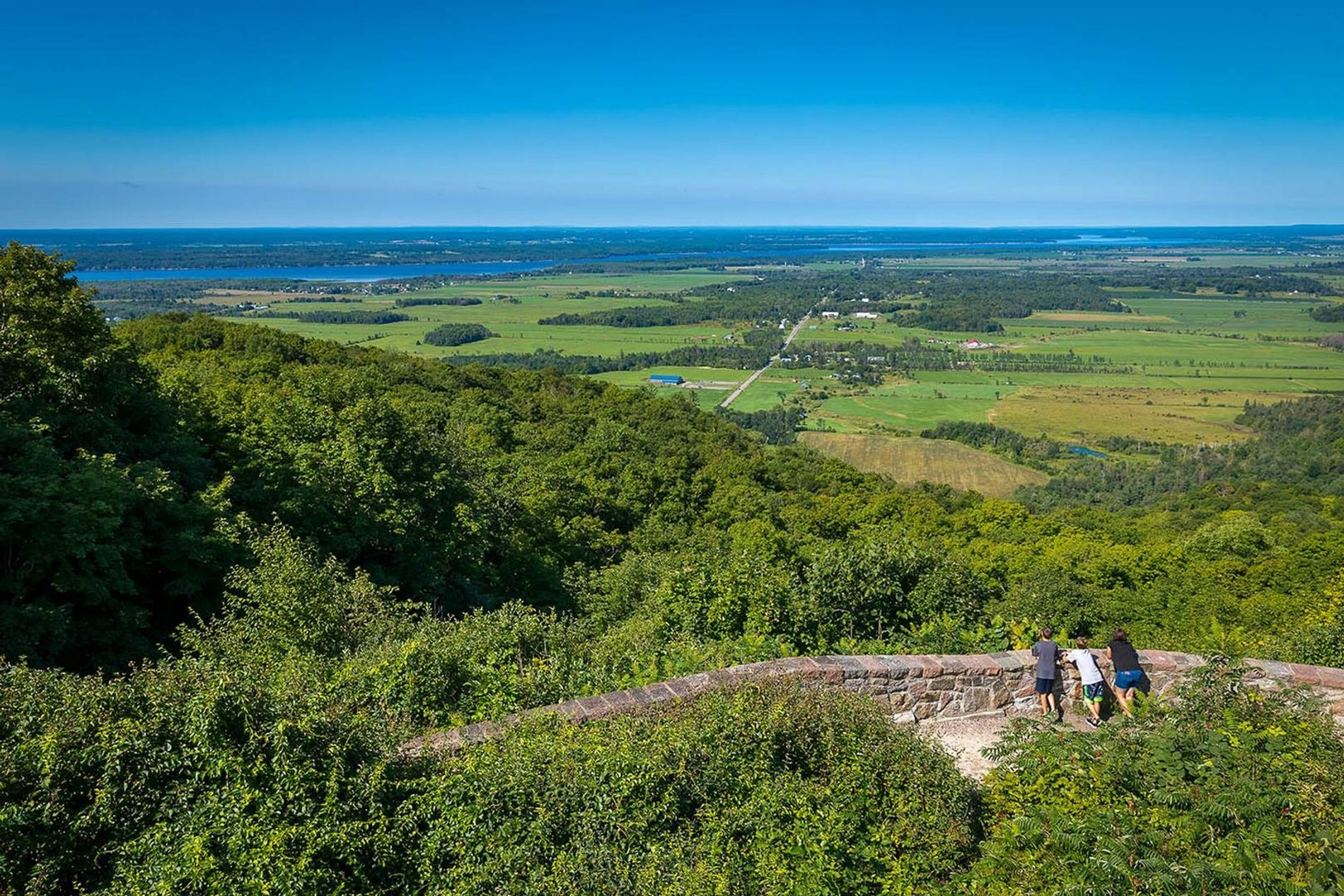 Champlain Lookout, at the top of the Eardley Escarpment on the Champlain Parkway, offers the most ...