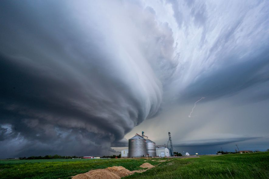 When deadly storms arrive, here's why some people run toward danger