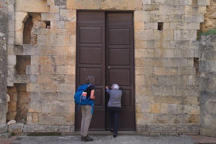 Doorway to the Benedictine Abbadia a Isola. Image: Stephanie Cavagnaro