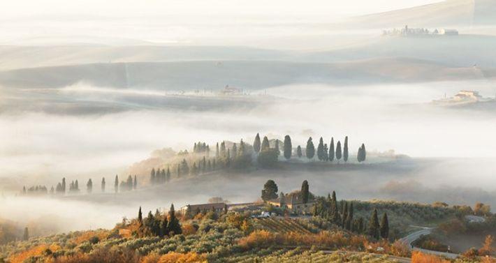 Foggy autumn morning in Tuscany