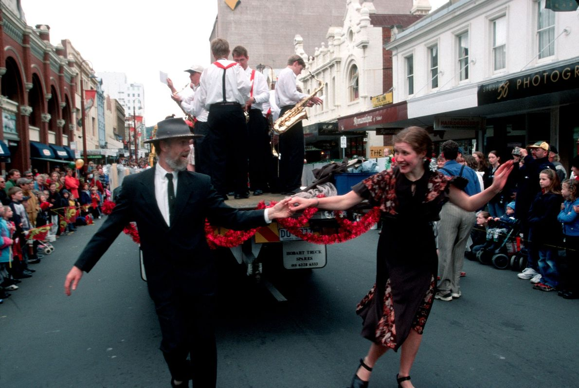 A dancing duo perform during the 2001 annual Christmas parade in Hobart, Tasmania.