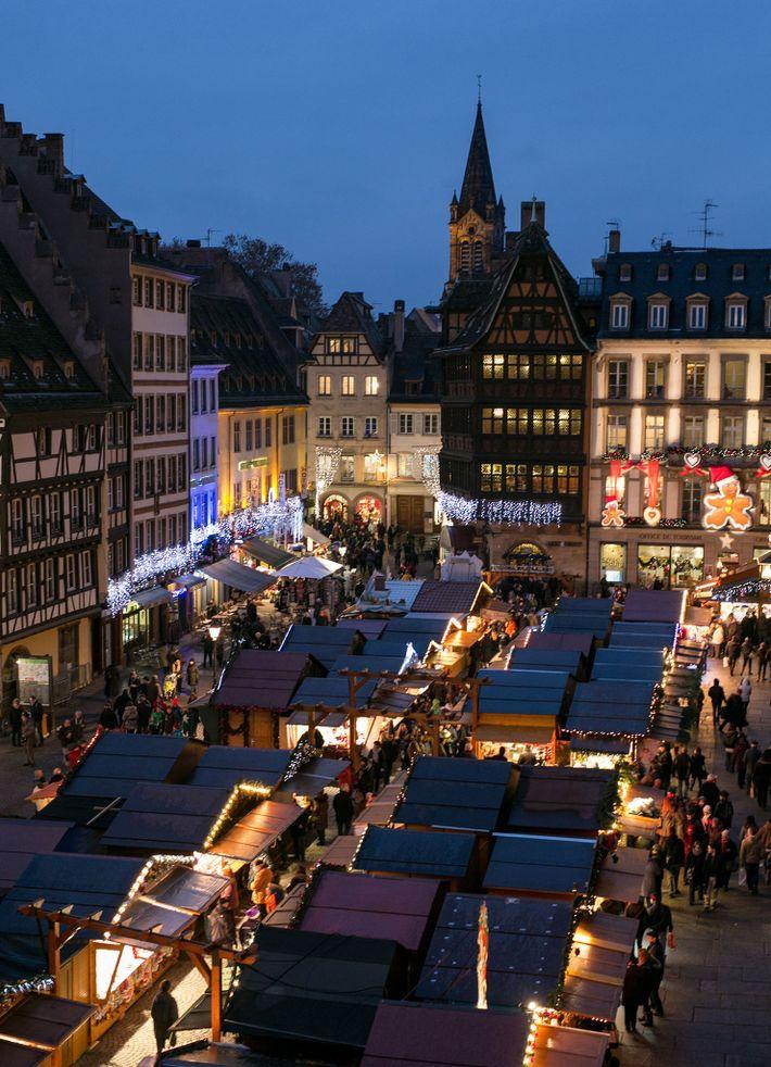 The Strasbourg market lights up the Place de la Cathédrale.