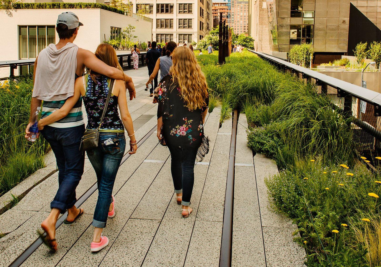 New York City: through the eyes of travel writers
