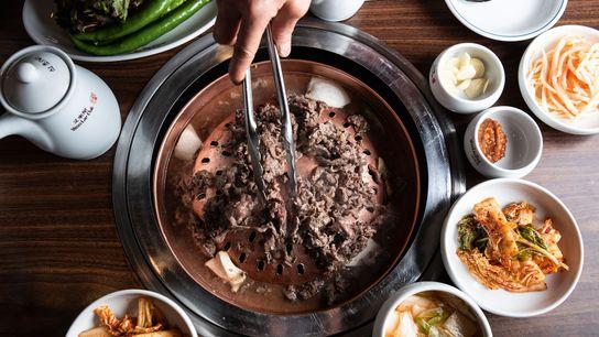 Various dishes, Woo Lae Oak
