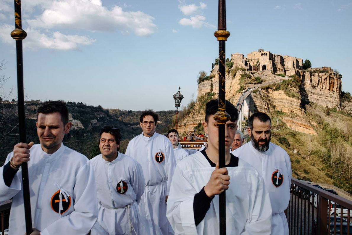 For four hundred years, Civita and Bagnoregio have celebrated Good Friday with a procession featuring Civita's ...