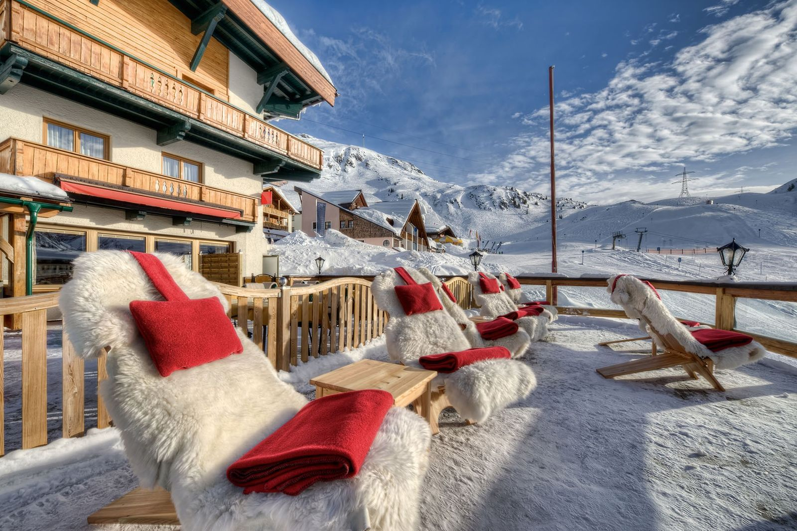 CLOSED: Win a seven-night stay in Tyrol
