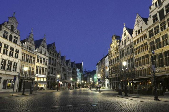 Grote Markt, in Antwerp's old town