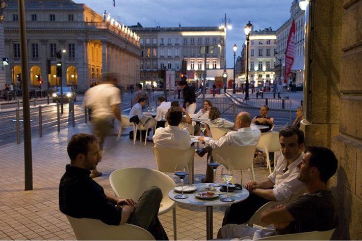 Wine bar in the Place de la Comedie, Bordeaux