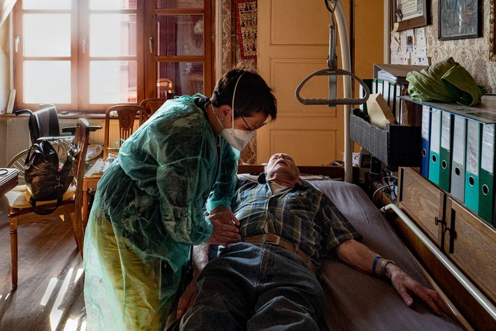 Dr. Spihlmann visits Louis Claudeîerre in his home for a check-up after he was released from ...