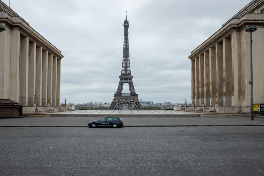 'It's eerie': Capturing the emptiness of Paris, a city under lockdown
