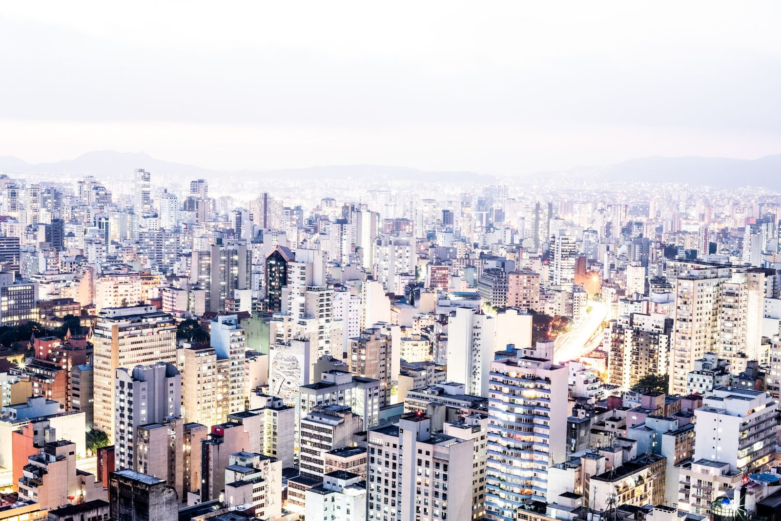 A long camera exposure taken from the Copan's rooftop casts the São Paulo skyline in watercolor ...