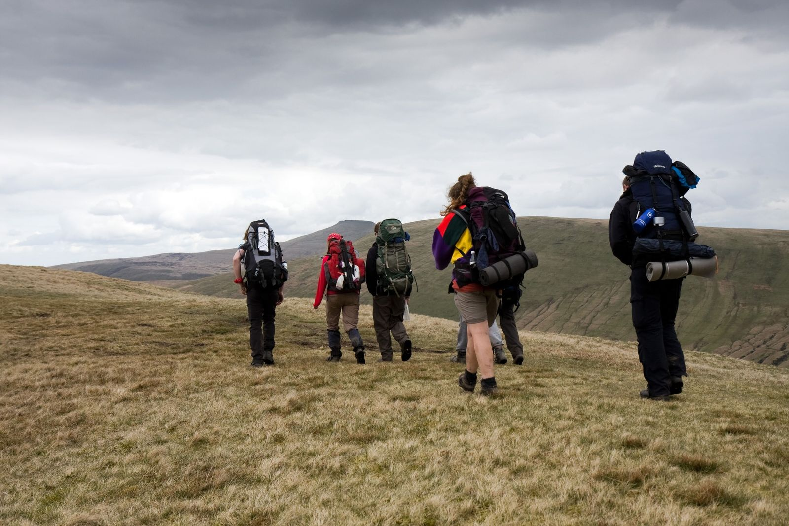 Teenagers tackling the Duke of Edinburgh's Award expedition in the Brecon Beacons, Wales.