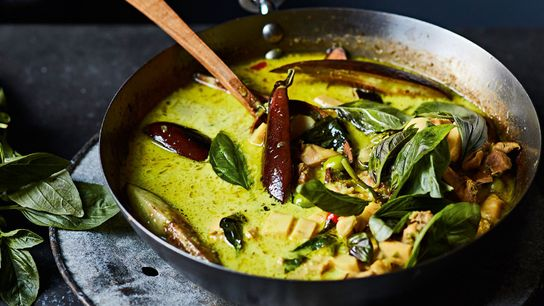 A Thai green curry.