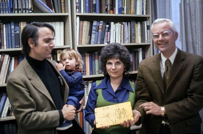 CARL, DAD, AND LINDA