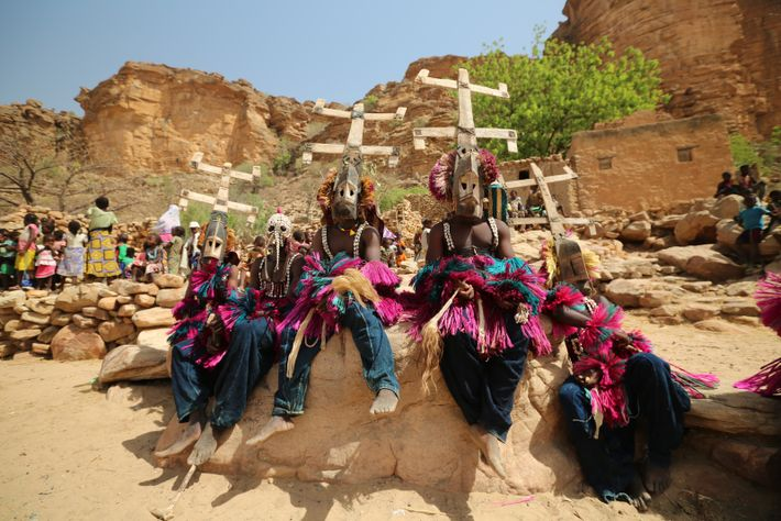 On his journey across Africa, Reza stayed with theDogon people who inhabit the rocky plateaus betweenMali ...