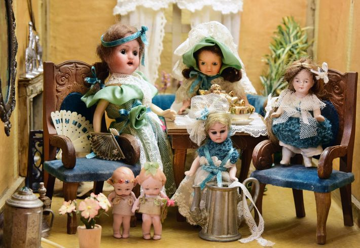 'Bisque' dolls - named for their biscuit porcelain construction, which gave their skin tone a realistic ...