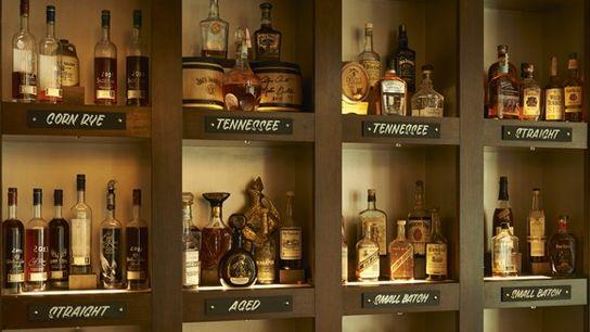 Bourbon Bar, JW Steakhouse.