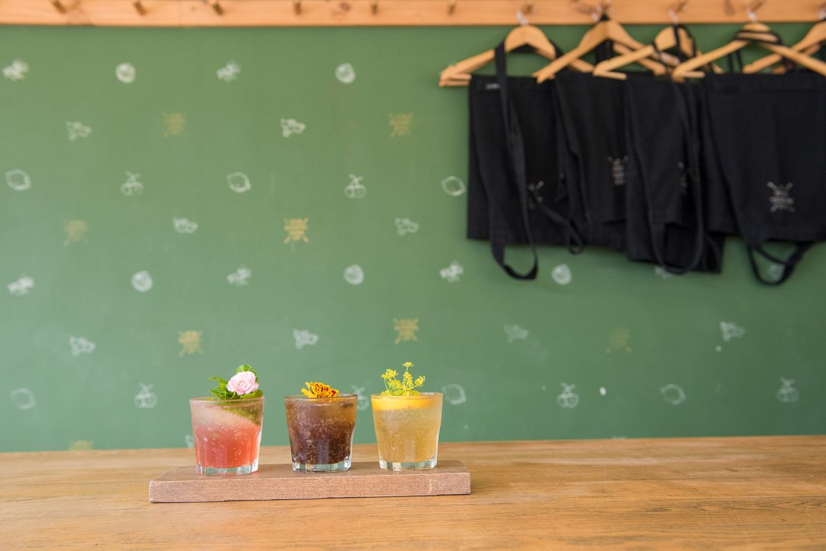 In the Hannah Factory Laneway you will find fresh and colourful drinks at Six Barrel Soda.