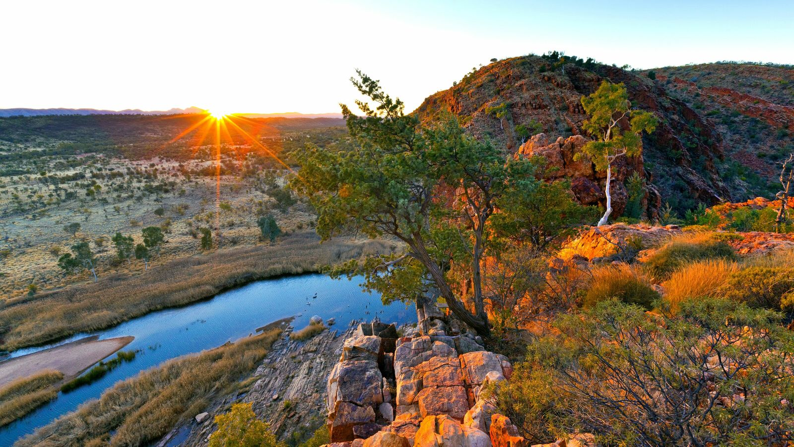 West of Alice Springs is Glen Helen Gorge on the Finke River, which is among the ...