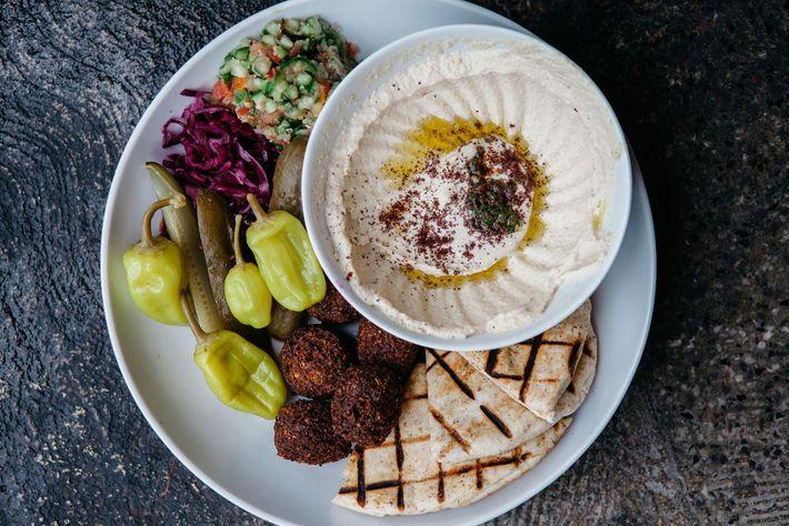 Hummus platter at Falafel Yoni
