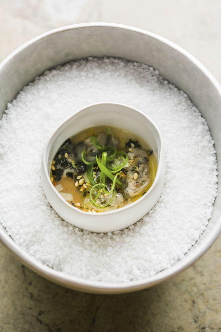 Chawanmushi, poached oyster, kohlrabi, seaweed vinaigrette at Restaurant Ore