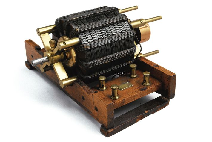 Tesla's induction motor was at the center of the battle of the currents. Its innovative design ...