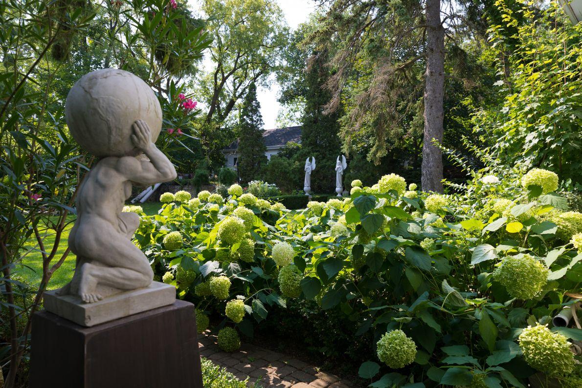 A look at the lush gardens of Elora's White Garden.