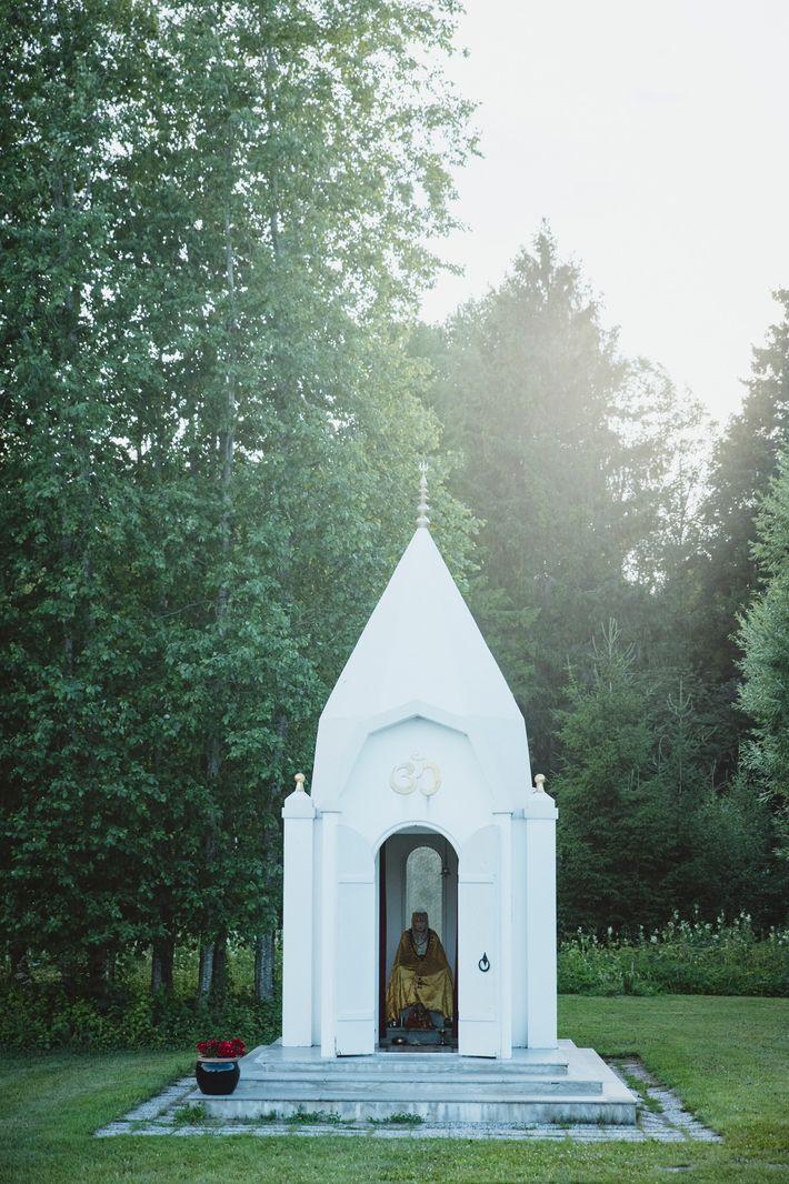 A Buddhist shrine at the premises of the eco-village and community Lilleoru in central Estonia, Aruvalla, ...