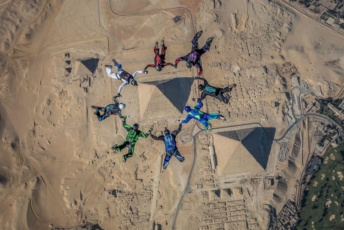 Framing the Pyramids