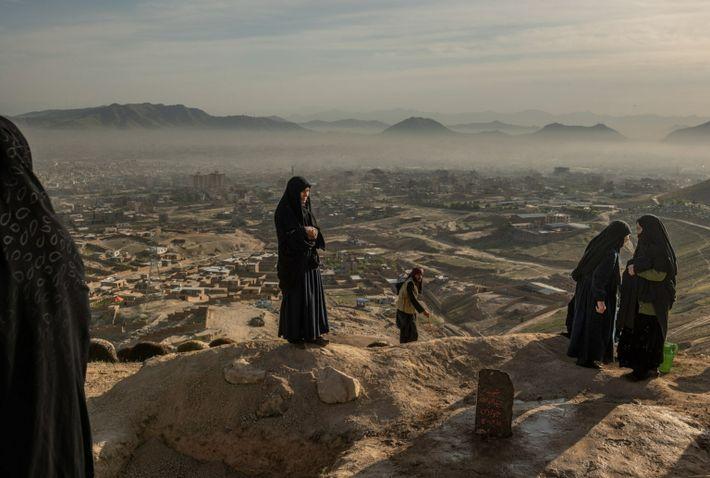 families-grieve-hazara-school-bombing-afghanistan