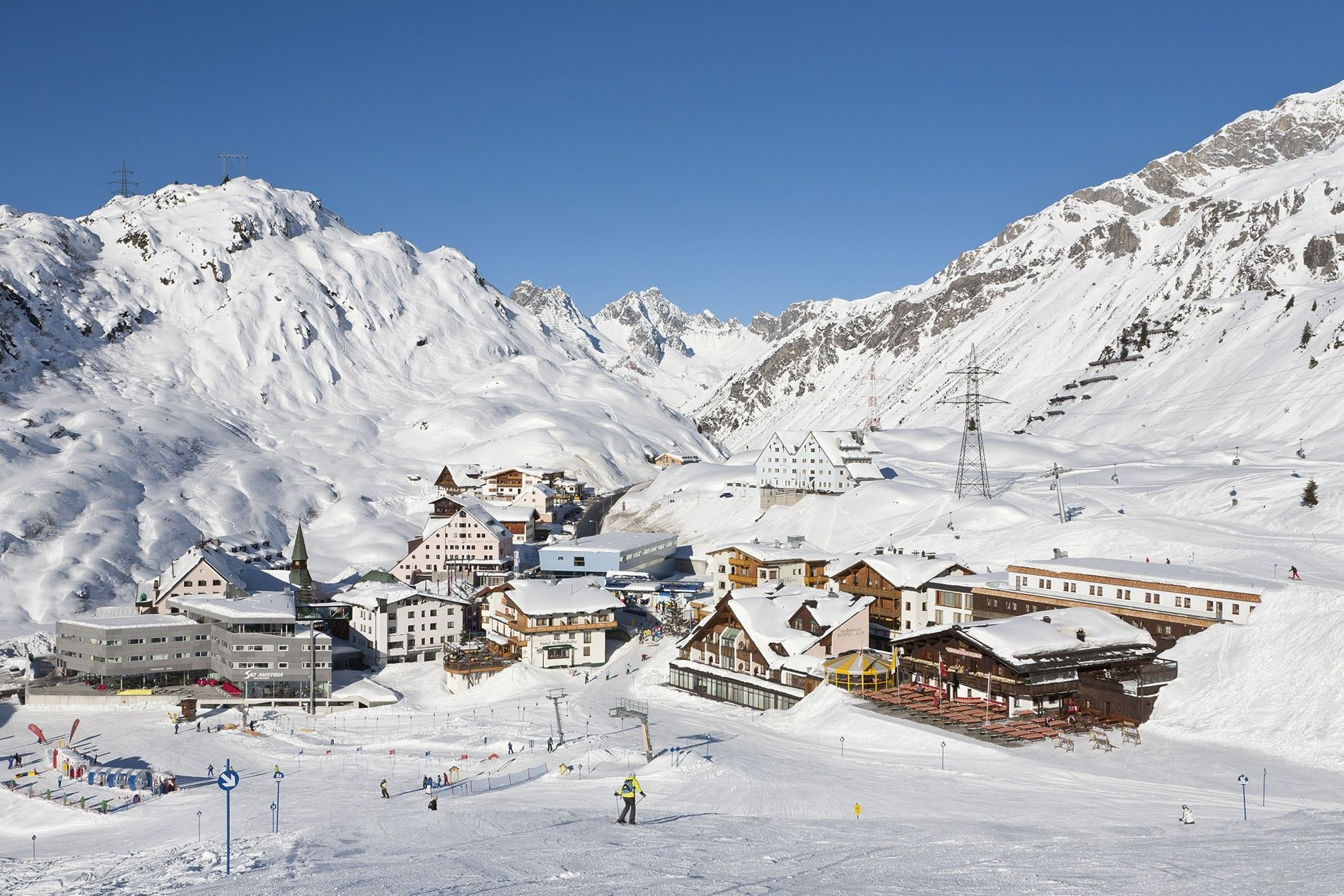 Family ski: can small people tackle St Anton's legendary big slopes?   National Geographic