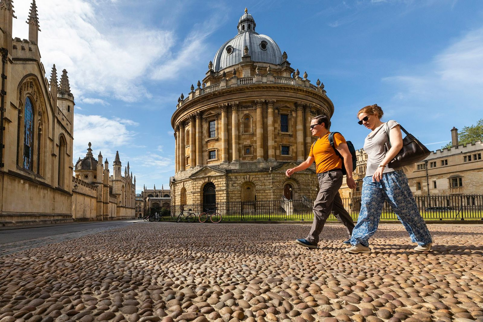 How to plan a walking tour through literary Oxford
