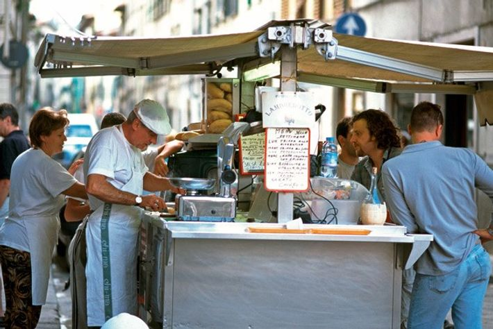 Lampredotto tripe van. Image: Alamy