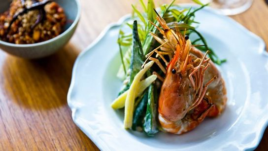 Peanut relish with grilled prawns
