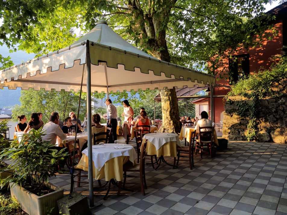 Where to try traditional dishes in Lombardy, Italy
