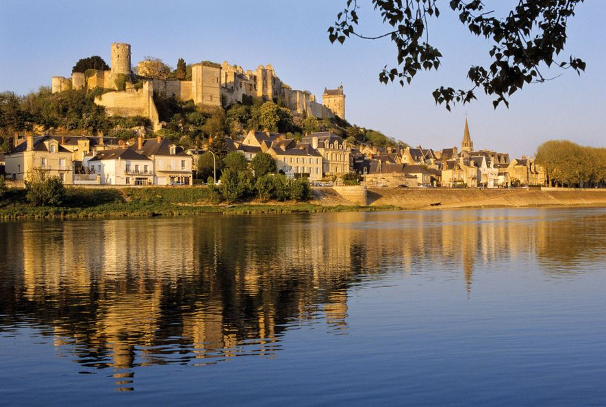 Eleanor was held captive by Henry II at this fortress, built on the banks of the ...